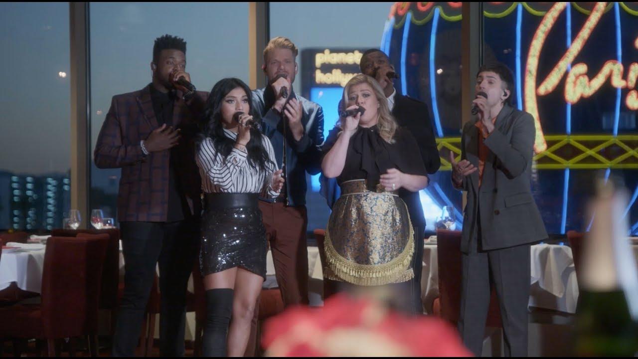Grown-Up Christmas List ft. Kelly Clarkson